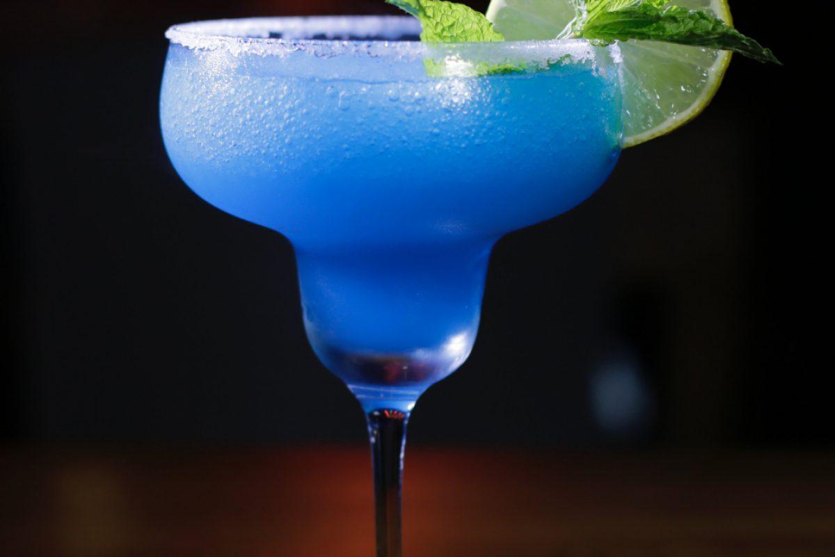 alcoholic-beverage-beverage-booze-2480828